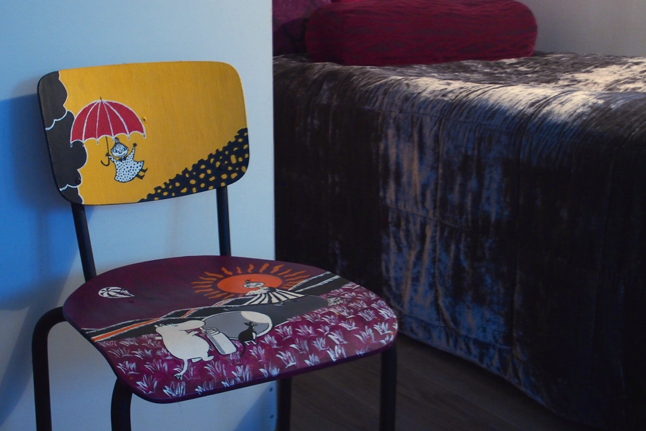 hand painted moon chair