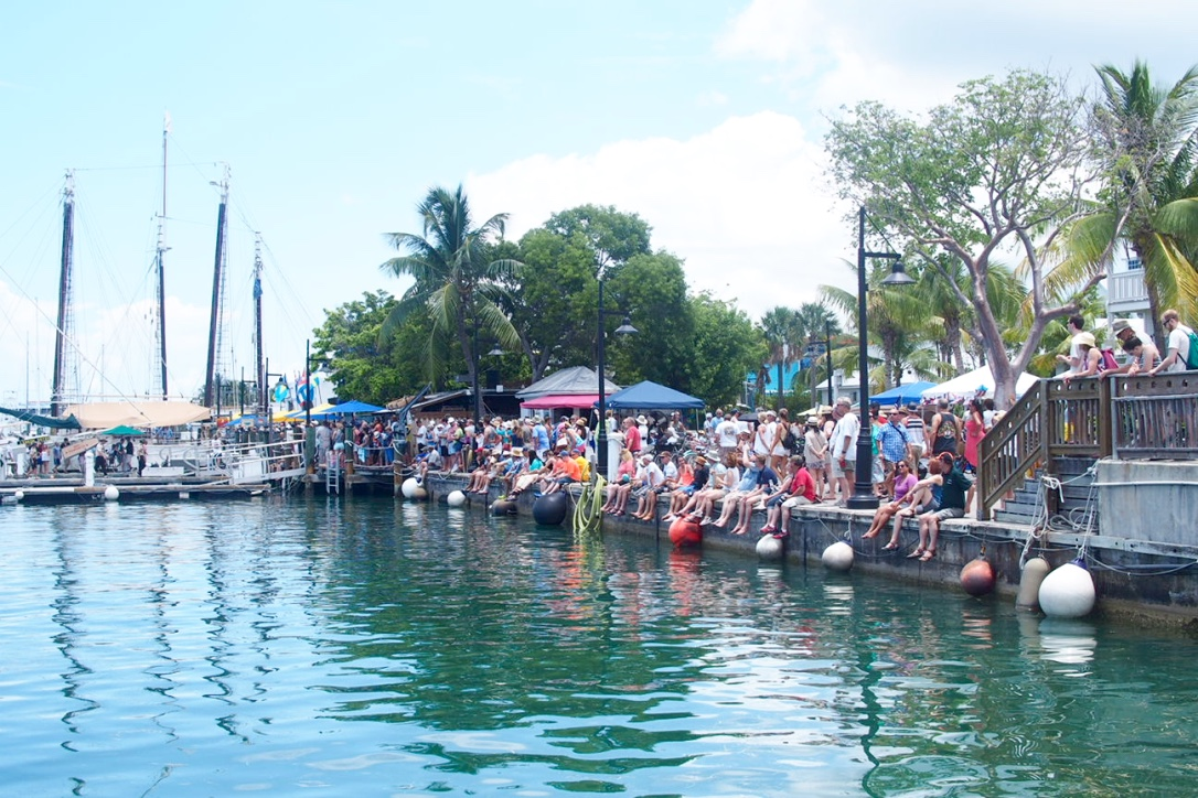 Key West Florida watching boat contest