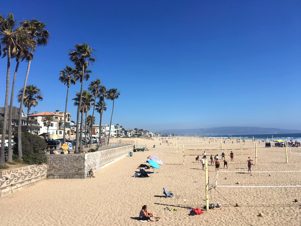 manhattan-beach-volleyball